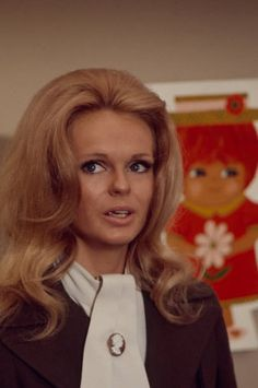 187 Lynda Day George Photos and Premium High Res Pictures - Getty Images Lynda Day George, Stock Photos, Pictures, Photos, Grimm