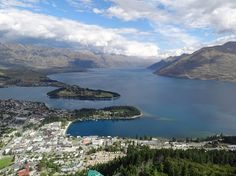 Miles To Go...: New Zealand December 2011 - Exploring Queenstown And Getting To The Milford Track