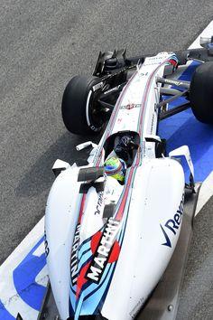 Felipe Massa pulls out of the Williams garage @ the 2015 #F1 Barcelona test