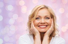 Cómo evitar la flacidez del rostro con estos 3 ejercicios