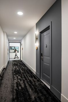 halcyon | CID | Multifamily & Hospitality Interior Design Hotel Hallway, Hotel Corridor, Apartment Projects, Apartment Design, Lobby Interior, Interior Design, Flur Design, Modern Hallway, Hallway Designs
