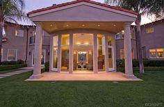 Resort-Style Yard