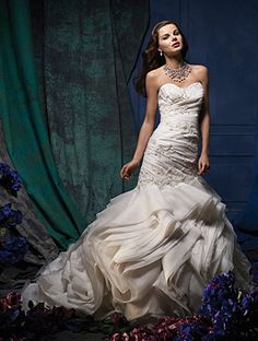 Alfred Angelo Bridal Style 880 from Alfred Angelo Sapphire: Luxe, Unique Bridal Gowns Wedding Dresses Photos, Used Wedding Dresses, Wedding Dress Sizes, Elegant Wedding Dress, Perfect Wedding Dress, Bridal Dresses, Wedding Gowns, Bridesmaid Dresses, Ceremony Dresses