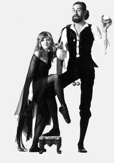 Fleetwood Mac - Stevie & Mick From the 'Rumours' album cover photo shoot Lindsey Buckingham, Buckingham Nicks, Fleetwood Mac Quotes, Stevie Nicks Fleetwood Mac, Stevie Nicks 70s, Rumours Album, John David, Blues, Portraits