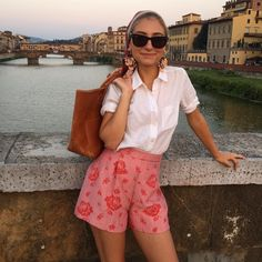 """""""End of the day in Florence with the chic Jenny Walton @jennymwalton i love her style, mixing Miu Miu @miumiu and J.Crew @jcrew and vintage headwrap oh!…"""" the sartorialist"""