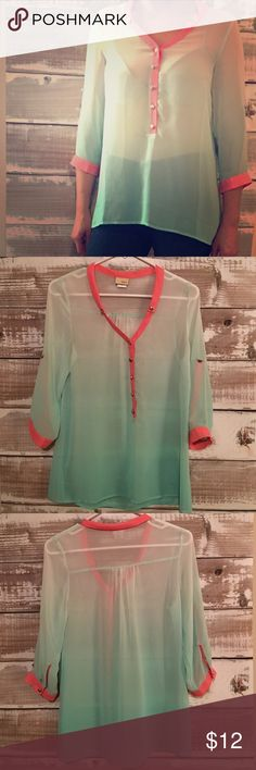 Daytrip Top • Chiffon ombré top • 100% Polyester • Gently Worn • No Trades Daytrip Tops Blouses