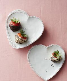 XO Heart Plates