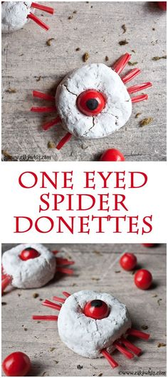 Creepy one-eyed spider donettes. Fun to make on Halloween with the little… Theme Halloween, Halloween Desserts, Halloween Food For Party, Holidays Halloween, Halloween Treats, Happy Halloween, Halloween Decorations, Halloween Donuts, Samhain Halloween