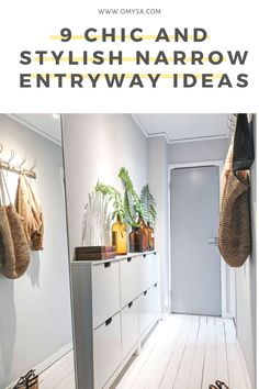 Yes, that tiny nook by your front door can be an attractive and functional place with our stylish narrow entryway ideas. Narrow Entryway, Home Interior Design, House Interior, Small Console Tables, Apartment Decor, Small Entryways, Small Spaces, Space Interiors, Home Decor