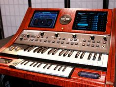 OMG 1 from Moog. Apt name - www.remix-numeris... - Rendez vos souvenirs…