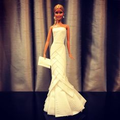 Man Uses Toilet Paper And Tissues To Create Wedding Dresses For His Barbies, And Result Is Amazing