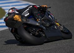 FIXI Crescent Suzuki has made a very positive start to the new 2013 eni FIM Superbike World Championship season following two successful Spanish tests.