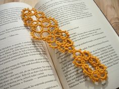 Yellow tatted bookmark by MariAnnieArt on Etsy #mariannieart #etsy #bookamark #bookworm #booklovergift #geekgift #Tattedbookmark #tattinggift #nerdgift