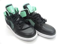 Innovating Design Without Compromising its Performance, Air Jordan Sneakers, Youth's Size 5Y
