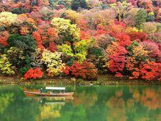 四季を通して楽しめる『保津川』の舟下り