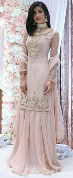 Mind Blowing Floor Length Bridal Wear Gown With Hijab,wedding gown ...