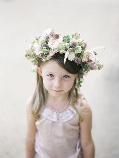 #halo-wreath, #wreath  Photography: Polly Alexandre - alexandreweddings.com  Read More: http://www.stylemepretty.com/2013/11/01/london-wedding-from-polly-alexandre/