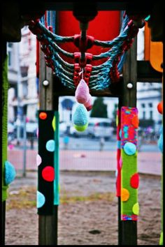 playground yarnbombing -mansha friedrich