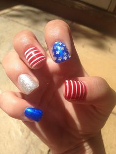 quenalbertini: Fourth of July Nails Mani Pedi, Manicure, Patriotic Nails, New Nail Designs, Fancy Nails, Hard Candy, Nail Tutorials, Fourth Of July, Claws