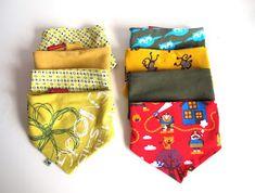 Pieke Wieke: Tutorial: Een dubbelzijdig zeversjaaltje Sewing For Kids, Baby Sewing, Doll Carrier, Baby Winter, Learn To Crochet, Kids Gifts, Little Ones, Sewing Projects, Sewing Ideas