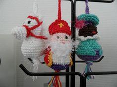 Sinterklaas hangers gehaakt - made by Boukje november 2012