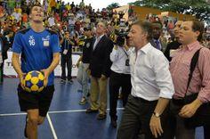 El Valle tendrá los mejores escenarios deportivos y un 'Bailódromo': Presidente Santos