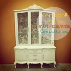 vitrina para tienda vintage