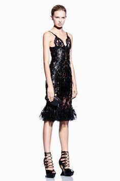 #fashion #women #inspiration #trends #style #clothing #black #dark