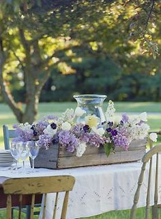 30 Splendid Ideas How to Reuse Vintage Crates for Table Centerpieces. Wedding Reception Idea with Lilac Flowers and Candles. Long Flowers, Beautiful Flowers, Wedding Flowers, Purple Flowers, Lilac Wedding, Purple Lilac, Purple Hydrangeas, Gorgeous Gorgeous, Lavender Flowers