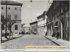 Uno tratto di via Gambalunga fra la sede della Banca ed il palazzo Agolanti-Pedrocca  mentre le case dei Parcitadi non hanno ancora fatto spazio al palazzo Fabbri #bancacarim #facebook