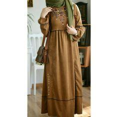 Pinterest: @adarkurdish Abaya Fashion, Muslim Fashion, Modest Fashion, Fashion Dresses, Hijab Style Dress, Modele Hijab, Muslim Dress, Beautiful Outfits, Fashion Design