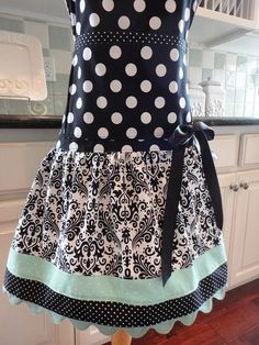 25 best bakery apron images brand design aprons bakery rh pinterest com