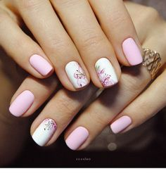 Having short nails is extremely practical. The problem is so many nail art and manicure designs that you'll find online Fabulous Nails, Perfect Nails, Gorgeous Nails, Stylish Nails, Trendy Nails, Cute Nails, Nagellack Design, Manicure E Pedicure, Nail Spa