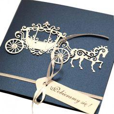 Zaproszenia ślubne z białą karetą.