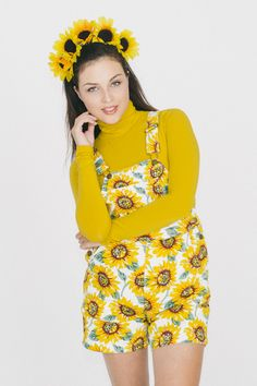 It's Sunflower Girl! Printed Overalls and Turtleneck by #AmericanApparel #AACostumeIdeas #AAHalloween