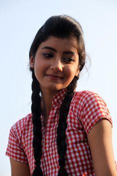 Summiyya Mohammed Prema Janta Stills - HD Gallery Image 42 Beautiful Girl In India, Beautiful Girl Photo, Cute Girl Photo, Girl Photo Poses, Most Beautiful Indian Actress, Girl Photos, Beautiful Actresses, Stylish Girl Images, Stylish Girl Pic