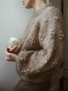 Products – Page 2 – MY FAVOURITE THINGS • KNITWEAR Sweater Knitting Patterns, Knit Patterns, Minimalist Street Style, Looks Street Style, Stockinette, Drops Design, Knitwear, Knit Crochet, Outfits