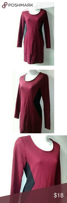 H&M Dark Red and Black Shift Dress Crew neck dark red dress with black details at the sides. 78% poly 17% viscose. Length is 35.5 inches. Excellent like new condition.  5 H&M Dresses