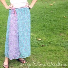 Add some lovely prairie skirt style to your wardrobe with this simple Meadowlands Wrap Skirt Tutorial. This long and flowing floral number is easy to make and adds a touch of the bohemian to your wardrobe without being too out there.