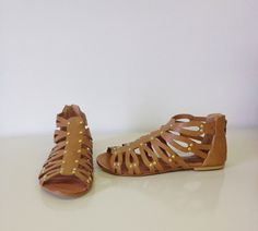 Study Abroad Sandals (Brown)