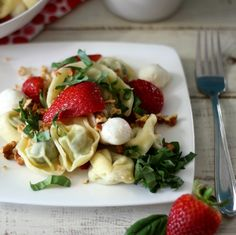 Strawberry Basil Pasta Salad #SundaySupper #ChooseDreams - A sweet and savory pasta salad made with pesto filled tortellini, fresh strawberries, basil and topped with candied walnuts and a simple homemade balsamic dressing.