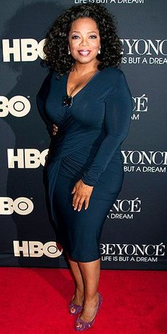 OPRAH WINFREY photo | Oprah Winfrey - Not the greatest dress, but the color is to DIE for!!