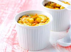 Flan de légumes au micro-ondes Simple et rapide! Les enfants adorent! Ingrédients : pour 4 personnes - 1 petite courgette (environ 150g) - 1 carotte - 50g de maïs ou de haricots verts - ail, persil ou un bouillon de Légumes - 400 ml de lait - 2 oeufs...