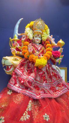 On the sixth day of Navratri, Devi Katyayani is worshipped. To destroy demon Mahishasura, Goddess Parvati took the form of Goddess Katyayani. It was the most violent form of Goddess Parvati. In this form Goddess Parvati is also known as Warrior Goddess.