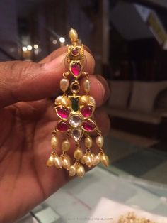Gold Ruby Pearl Earrings from PSJ ~ South India Jewels Pearl Necklace Designs, Jewelry Design Earrings, Gold Earrings Designs, Pendant Jewelry, Beaded Jewelry, Gold Jewelry, Jhumka Designs, India Jewelry, Jewelery