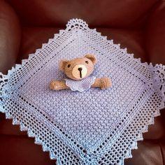 Cuddling, Charity, Crochet Patterns, Crochet Hats, Baby Shower, Blanket, Knitting, Babies, Safari Crafts