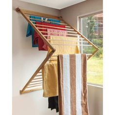 Did you want make a laundry room? Here we present 40 Stunning Laundry Room Design. Drying Rack Laundry, Clothes Drying Racks, Laundry Storage, Diy Rangement, Laundry Room Design, Küchen Design, Quilt Design, Design Room, Home Organization