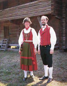 Folk Costumes from Vöyri, Ostrobothnia province of Western Finland.- Pohjanmaa - Österbotten