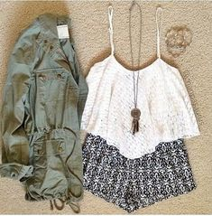 Super cute! I think I might get something like this next Friday!!