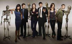 Bones - Promo shot of Emily Deschanel, David Boreanaz, Michaela Conlin, T. Bones Serie, Bones Tv Series, John Francis Daley, Fox Bones, Bones Show, Booth And Bones, Booth And Brennan, Emily Deschanel, David Boreanaz